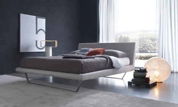 Plaza il letto dal gusto minimalista moderno e for Letto minimalista